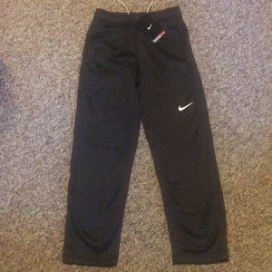 New Nike Charcoal Therma-fit pants Youth Small